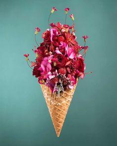 Merci  anthonydenisfleuriste  Osez offir de la créativité: www.coleebree.com  #stylistfloral #floral #flower #livraison #fleuriste #fleurs #bouquet #deco #flowerstagram #coleebree  #marketplace #flowerpower #génial @coleebree