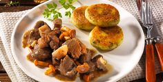 Rezept Wildschwein-Pilzgulasch-mit-Kartoffelplätzchen