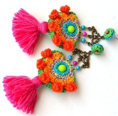 Pink Tassel Earrings, Diy Earrings, Fashion Earrings, Crochet Earrings, Bead Embroidery Jewelry, Beaded Embroidery, Rakhi Design, Natural Accessories, Crochet Collar