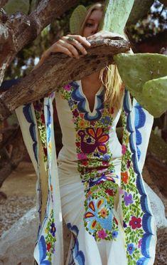 embroidery flowers and birds e5a1bfe6f945f38eec5e4e85cf7df6cb