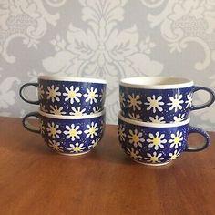 Set Of 4 Manufaktura Handmade Polish Pottery Teacups Mugs Daisy Pattern | eBay Mugs Set, Tea Mugs, Royal Tea, China Cups And Saucers, Daisy Pattern, Polish Pottery, Blue China, Tea Cup Saucer, Mug Cup