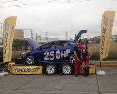 Campaña Lanzamiento de Focus ST en Autódromo Hermanos Rodríguez, www.pluiedeideas.com.mx