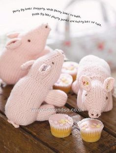 Buy+Three+Little+Pigs+Toy+Knitting+Pattern+Download+-+DOWNLOAD+ONLY+Online+at+www.sewandso.co.uk