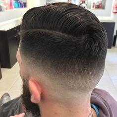 "42 Likes, 3 Comments - Axel Comolli (@axel_barber_comolli) on Instagram: ""#barbershop #barbermind #killer #barberlife #barber #findyourself #wahl #haircut #hair #menshair…"""