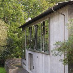 Part III of Zumthor's studio cluster (which takes up half a small town). . . . #architecture #peterzumthor #zumthor #architecturephotography  #glass #atelier #switzerland #minimalism #lessbutbetter #architravel #detail #trias #triasstudio