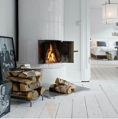 That fireplace!! ♡