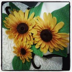 sunflower #festadelladonna  #torta della pasticceria la Mimosa di http://www.simocakedesigner.it