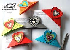Marcapáginas con forma de corazón. Vídeo en https://www.facebook.com/192315615947/videos/10154904451095948/