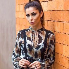 Bom dia sabadão! Mais uma desse dress da @moikana com direito a make by @veri.alexandre por @illumine