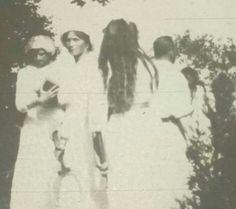 Grand Duchesses Tatiana,Olga and Maria Nikolaevna Romanova of Russia,with Tsar Nicholas ll of Russia.A♥W