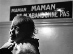 Hôpital des enfants assistés, circa 1940 |¤ Robert Doisneau | 16 octobre 2015 | Atelier Robert Doisneau | Site officiel