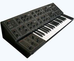 Yamaha CS-15 ... of all the gear I no longer have ... which is all of it ... I miss this synth the most. 2 oscillators, monophonic AND an input!