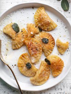 Thanksgiving Recipes, Fall Recipes, Dinner Recipes, Pasta Recipes, Pumpkin Gnocchi, Pumpkin Puree, Linguine, Tortellini, A Food