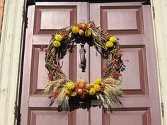 Colonial Wreath | Wreath at Colonial Williamsburg, VA, Christmas 2006 | Flickr - Photo ...