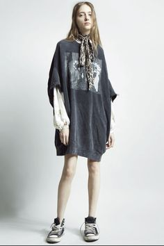 Pre-Fall 2019 Fashion Show Collection: See the complete Pre-Fall 2019 collection. Look 17 Pretty Outfits, Cool Outfits, Fashion Outfits, Fashion Trends, Fashion Bloggers, Grunge Fashion, Curvy Fashion, Fashion Top, Petite Fashion