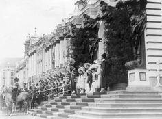 The Romanovs at Tsarskoe Selo on 17 May 1912.A♥W