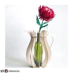 Vaas H3 large ~ Houtmoed Vase, Home Decor, Decoration Home, Room Decor, Vases, Home Interior Design, Home Decoration, Interior Design, Jars