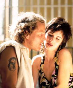 Mickey and Mallory Knox Natural Born Killers, Tv Show Music, Film Music Books, Throwback Thursday, I Love You Honey, Sad Movies, People Of Interest, Movie Characters, Movies