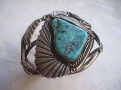 Huge Vintage NAVAJO Sterling Silver & Pilot Mountain TURQUOISE Cuff BRACELET.