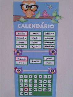 Painel sala de aula em eva tema corujinha    Pode ser feito em qualquer tema. Classroom Organization, Classroom Decor, Diy Notebook Cover, Art For Kids, Crafts For Kids, Sewing Projects For Kids, Projects To Try, Classroom Calendar, Class Decoration
