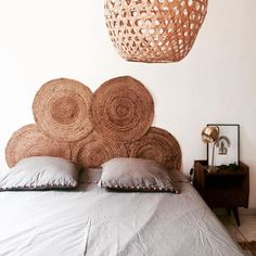 For my home # 29 / interior design ideas: 10 easy headboards / - DIY Decor Ideas Diy Bed Headboard, Headboard Designs, Headboards For Beds, Cheap Headboards, Headboard Ideas, Bohemian Headboard, Boho Bedding, Backboards For Beds, Headboard Alternative