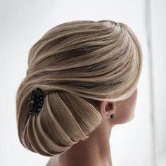 Beautiful formal bun hairstyle