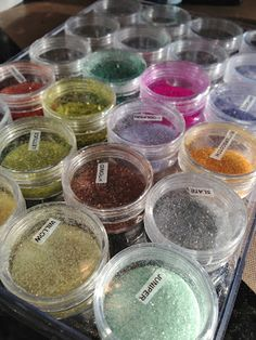 color your own glitter to match  Direct link