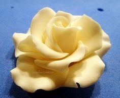 Rose - tutorial for making a rose starting with outside petals over a form.  Try in miniature with jump ring as form when making jewellery.
