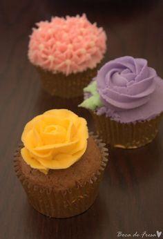 ... ♥ Boca de Fresa: Cupcakes, el bocado perfecto. Buttercream de wilton.  http://www.bocadefresa.net/2013/04/mousse-de-maltesers.html