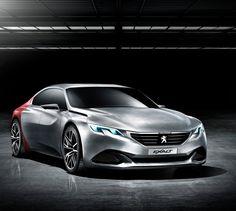PEUGEOT EXALT - A Peugeot desvenda a sua visão sublime da berlina, iniciada em 2012 com o concept-car Peugeot ONYX. Feito para o prazer das sensações, demonstrando desde o primeiro contacto o seu estilo radical e os seus materiais seleccionados.