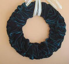 scrunched velvet wreath
