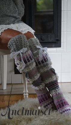 Crochet Stitches, Knit Crochet, Knit Leg Warmers, Funky Socks, Thigh High Socks, Crochet Slippers, Knitting Socks, Knit Cardigan, Sewing Crafts