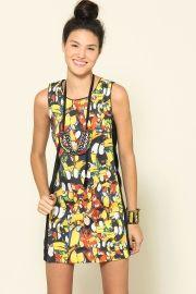 vestido recortes tucanário Farm