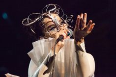Björk - The Anchor Song - Live In Concert, @ Royal Albert Hall, Sep. Royal Albert Hall, Getting Over Heartbreak, Walt Disney Concert Hall, Face Light, Music Library, Change Is Good, Over Dose, Halle, London