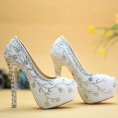 59.00$  Buy here - http://ali3kq.worldwells.pw/go.php?t=32690555014 - 2016 white rhinestone wedding shoes  pearl high-heeled bridal shoes 8cm/11cm/14cm heel pumps platform party shoes