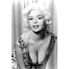 Opinions on Jayne Mansfield. Give your opinion about Jayne Mansfield Hollywood Stars, Hollywood Glamour, Hollywood Actresses, Hollywood Icons, Jayne Mansfield, Vintage Hollywood, Classic Hollywood, Pinup, Stars D'hollywood