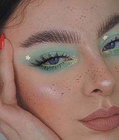 Makeup Eye Looks, Eye Makeup Art, Cute Makeup, Skin Makeup, Eyeshadow Makeup, Edgy Makeup, Pretty Makeup Looks, Dramatic Makeup, Daily Makeup