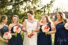 Bridesmaids | Navy blue lace dress | Felicia the Photographer | The Stanley