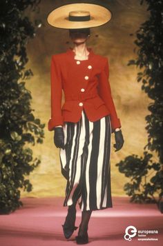 Christian Lacroix, Spring-Summer 1990, Couture on www.europeanafashion.eu