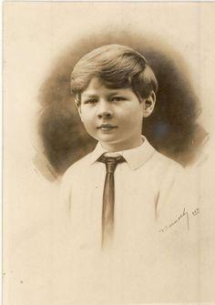 Michael I Of Romania, Romanian Royal Family, Royal Families Of Europe, Royal Photography, Life Motto, Diy Arts And Crafts, My Princess, The Past, Royalty