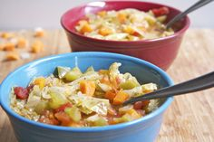 The BEST Cabbage Soup Diet Recipe Wonder Soup 7 Day Diet . Lose 10 lbs in 7 days with delicious cabbage soup diet recipe (wonder soup) eat as much as you like! Sopa Detox, Detox Soup, Soup Cleanse, Diet Detox, Cleanse Diet, Cabbage Soup Recipes, Diet Soup Recipes, Cabbage Diet, Chicken Recipes