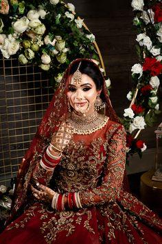 Beautiful Pakistani Dresses, Pakistani Formal Dresses, Pakistani Wedding Outfits, Indian Bridal Outfits, Black Bridal Dresses, Asian Wedding Dress, Wedding Dresses For Girls, Pakistani Bridal Makeup, Marie
