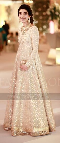 Beautiful dress.... white cream
