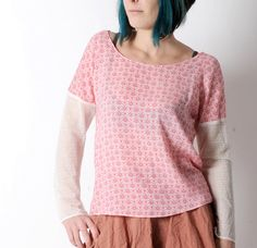 Loose red and white top with lace sleeves by Malam on Etsy