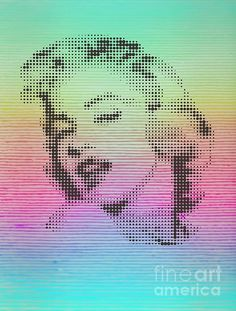 Marilyn on mist coloured