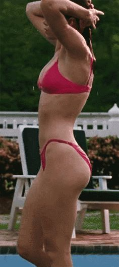 Jessica Biel is the most gorgeous girl out and them sexy curves on her mmm