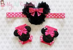 Adorable Minnie Mouse Headband and Barefoot Sandals Set!    This set includes a Minnie Mouse inspired headband made up of 3 black shabby