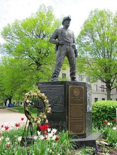 West Virginia Coal Miner Statue on the grounds of the State Capitol in Charleston. The memorial was dedicated in 2002 in honor of West Virginia's coal miners. #WildAndWonderful #WV #GoToWV