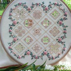 Hardanger Embroidery, Ribbon Embroidery, Cross Stitch Embroidery, Embroidery Patterns, Drawn Thread, Thread Work, Thread Painting, Brazilian Embroidery, Bargello