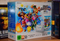 """La Wii U a bénéficié de quelques packs limités intéressants. A l'échelle des 12 millions de consoles à peu près sorties, chaque ensemble édité par les soins de Nintendo revêt une excuse à être """"collector"""" aux yeux de quelques spéculateurs.  http://lamaisonmusee.com/"""